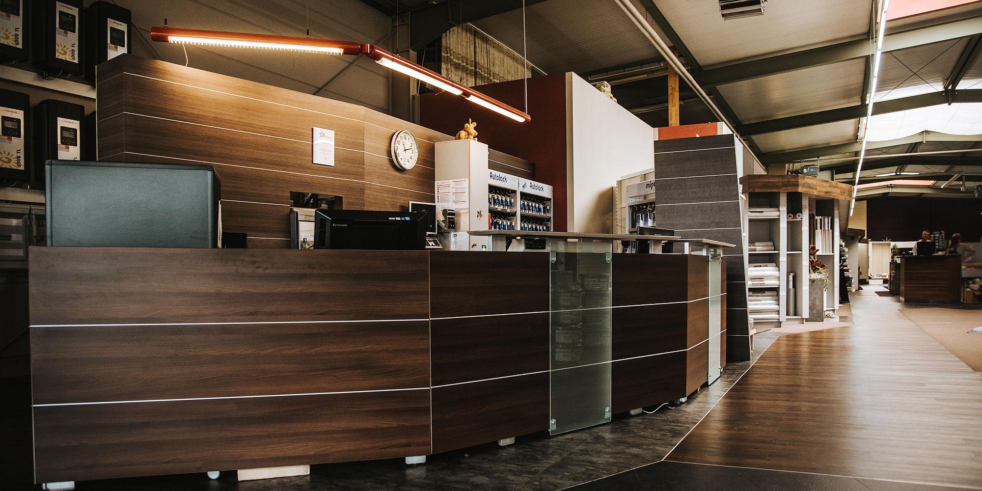 Wand- und Bodengestaltung auf über 1200 m²