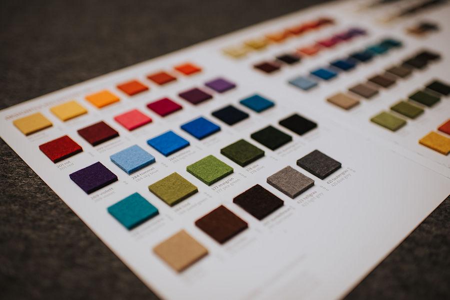 Farb- und Lacktönservice - Tönung und Abfüllung individueller Farben und Lacke auch in Sprühdosen